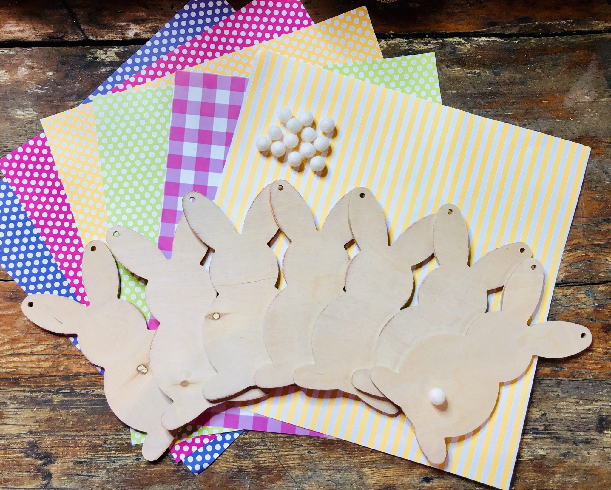 Bunny Build a Bunting Banner