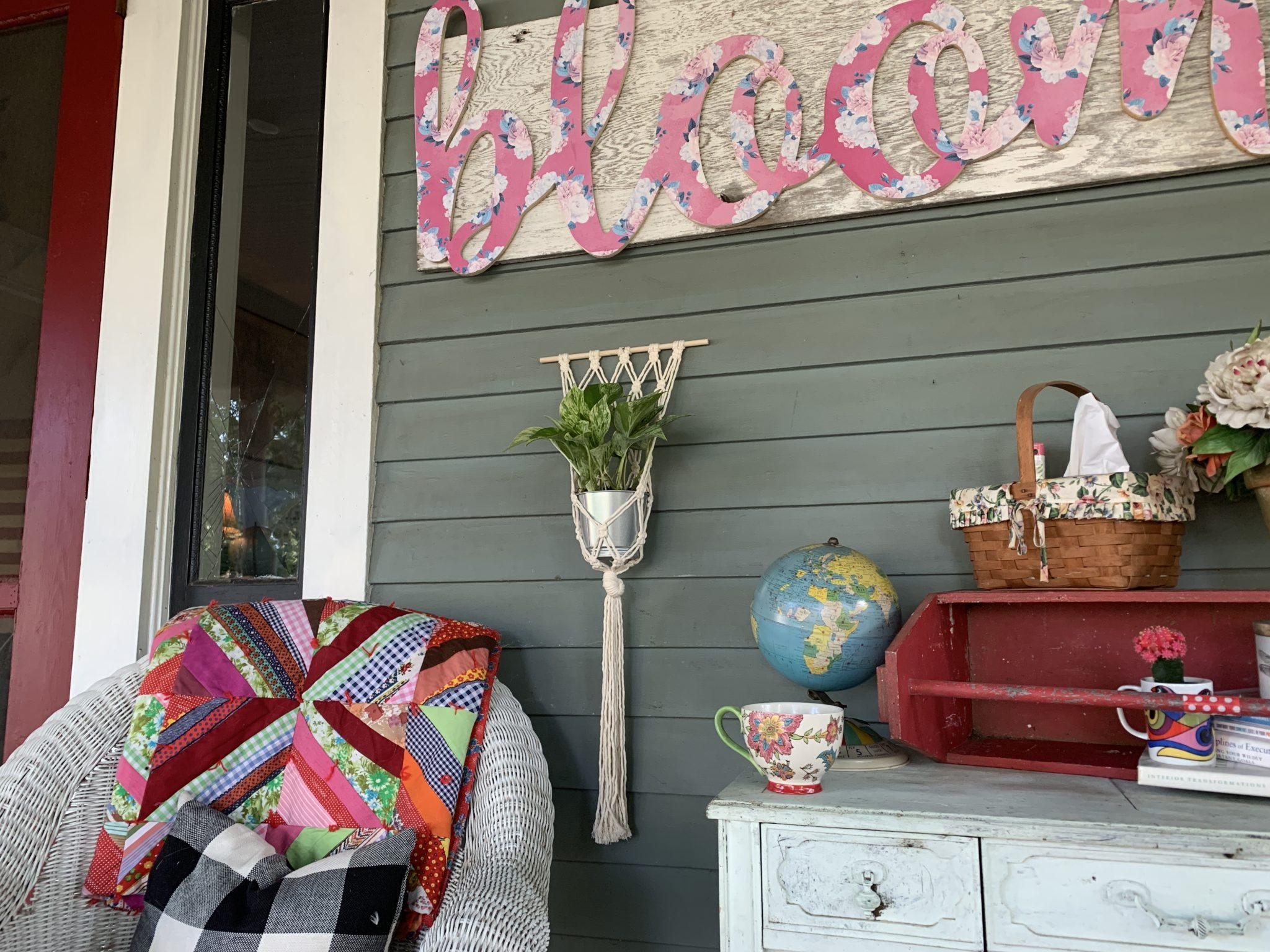 Macrame 101 – Hanging House Plant Holder